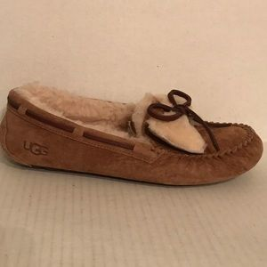UGG DAKOTA Dbl Bow moccasin slipper Chestnut NEW